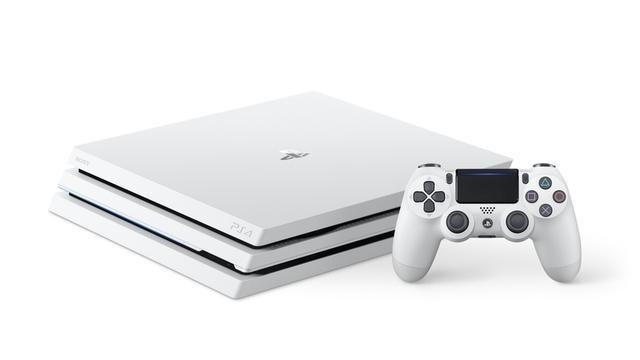 PS4®Pro初のカラーバリエーション「グレイシャー・ホワイト」が本日9月6日発売!