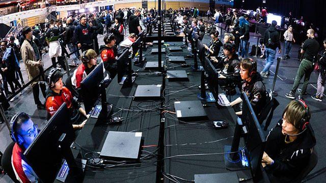 『CoD:BO4』の公式世界大会「CWLロンドン」で日本代表Libalent Vertexが過去最高成績! 日本勢対決も実現!